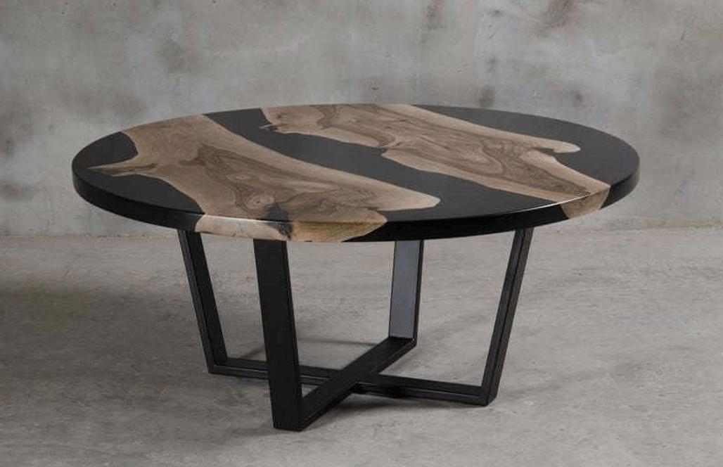 Журнальный столик из дерева и эпоксидной смолы от AceWood