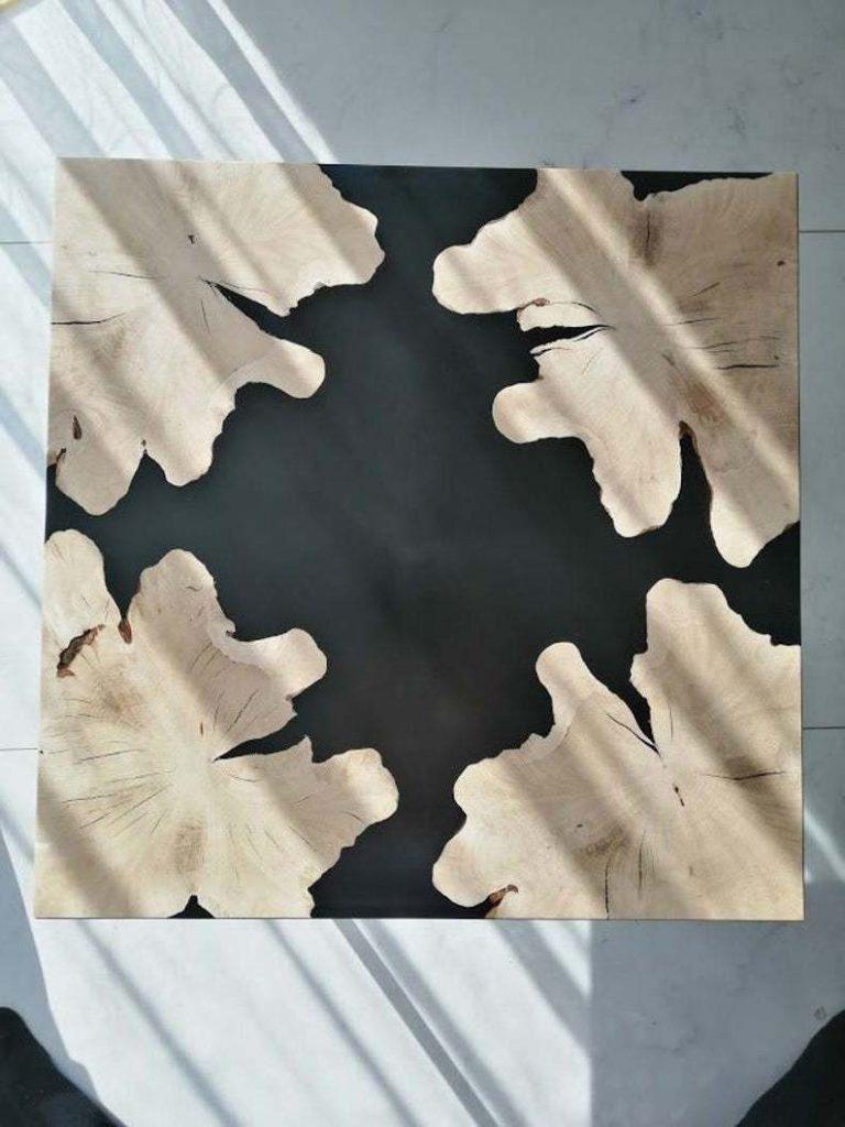Экстравагантный журнальный столик из дерева и эпоксидной смолы