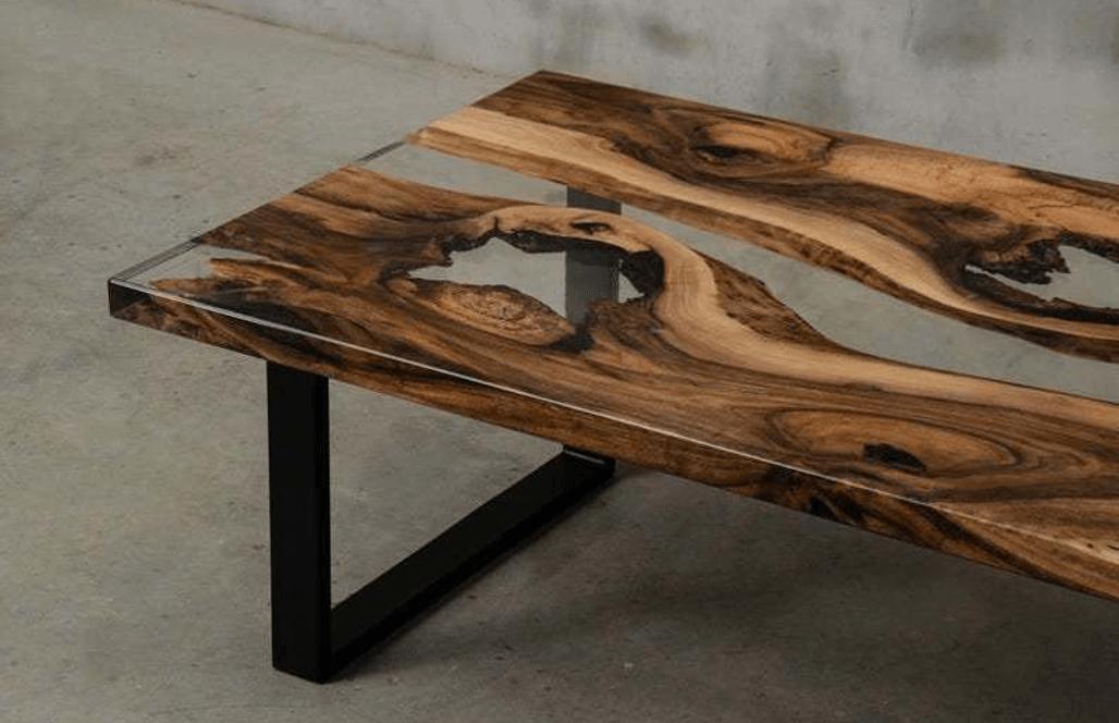 Журнальный столик для гостиной с прозрачной заливкой