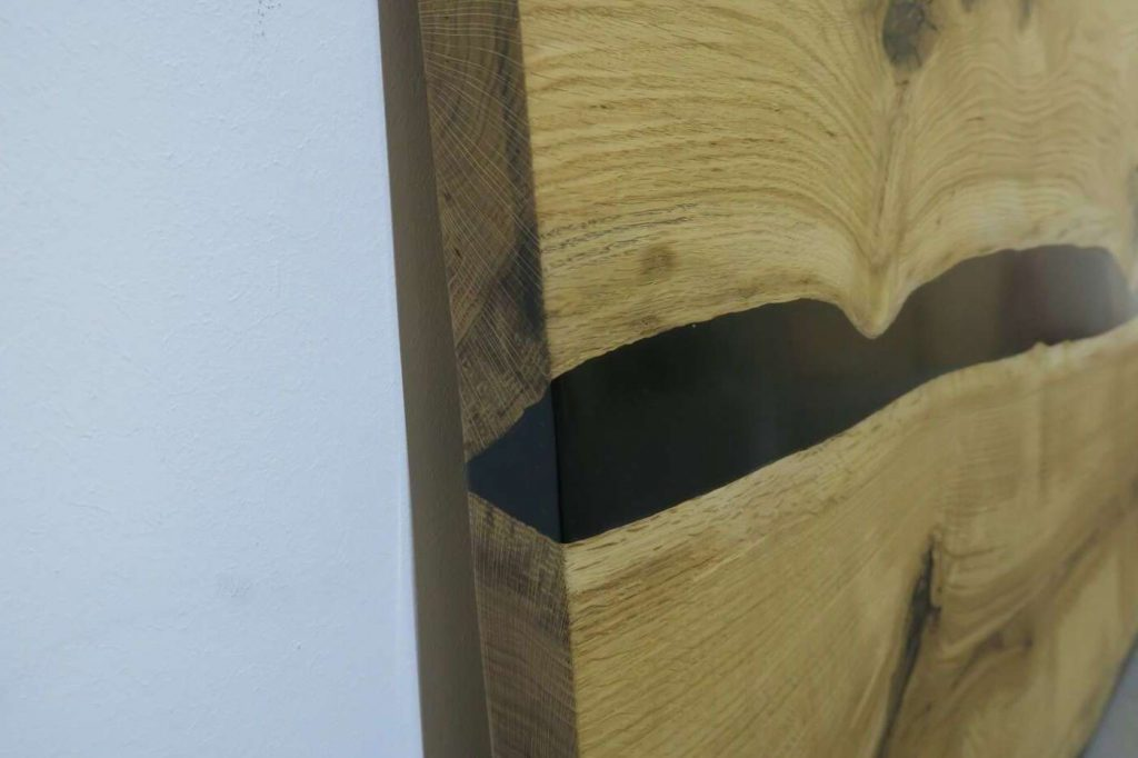 Креативная столешница из дерева и эпоксидной смолы