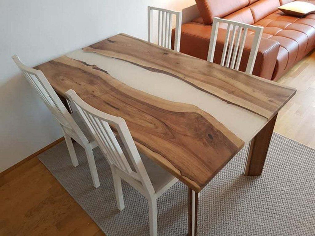 Обеденый стол на кухню из эпоксидки