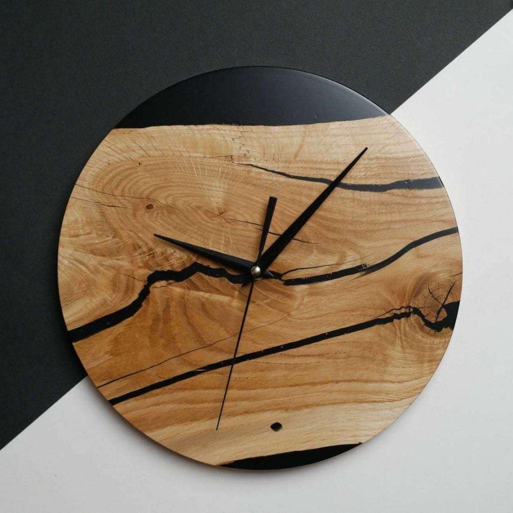 Дизайнерские часы от AceWood из эпоксидки