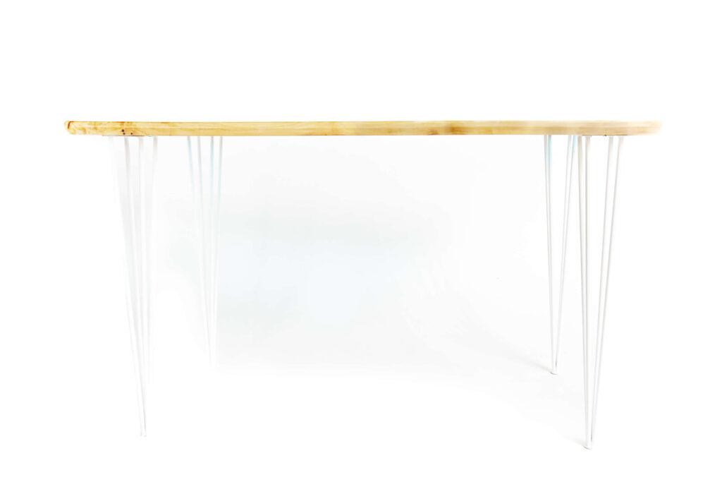 Уникальный стол-река из дерева и эпоксидки