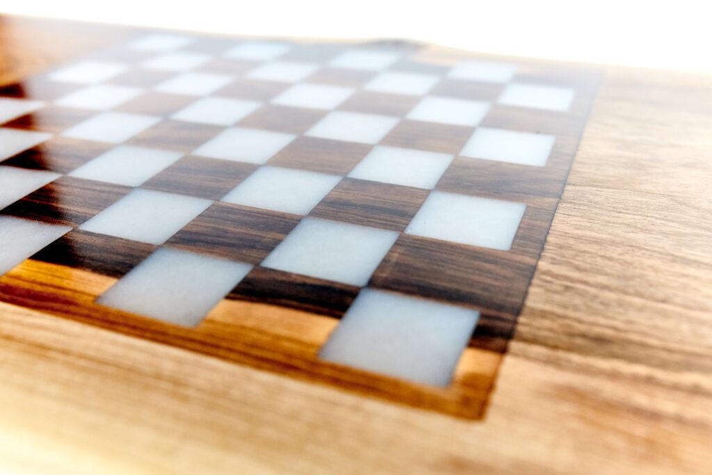 Уникальный журнальный столик от Ace Wood