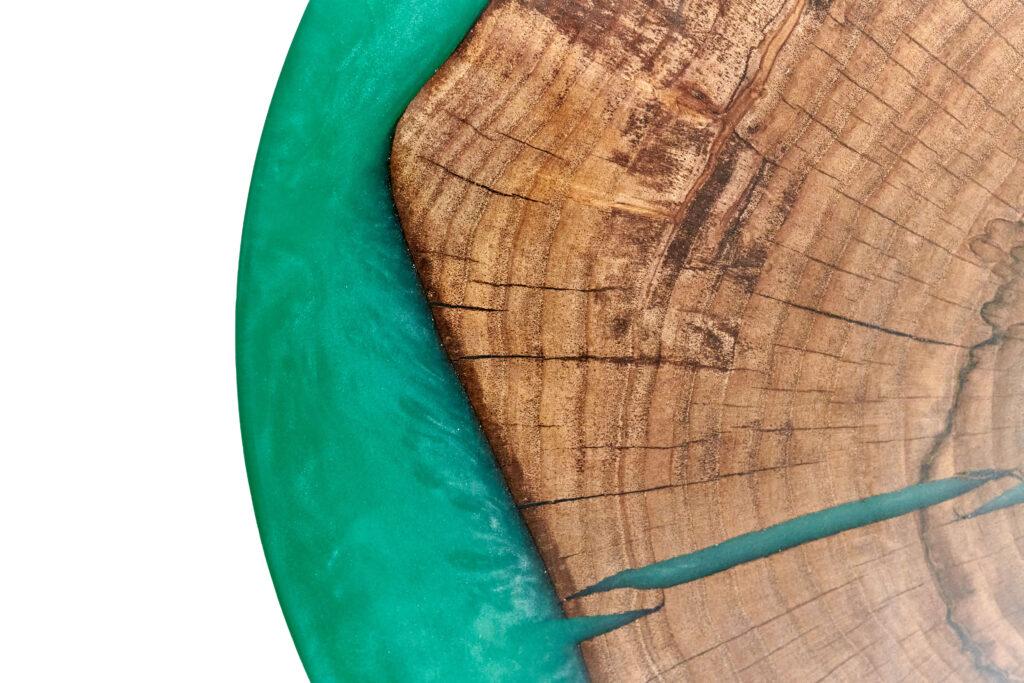 Эксклюзивный зеленый журнальный столик из эпоксидки