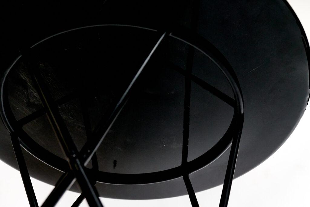 Дизайнерский журнальный столик из эпоксидной смолы под заказ